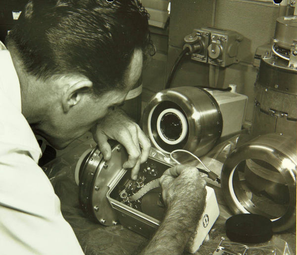 operatori romani camera de filmat