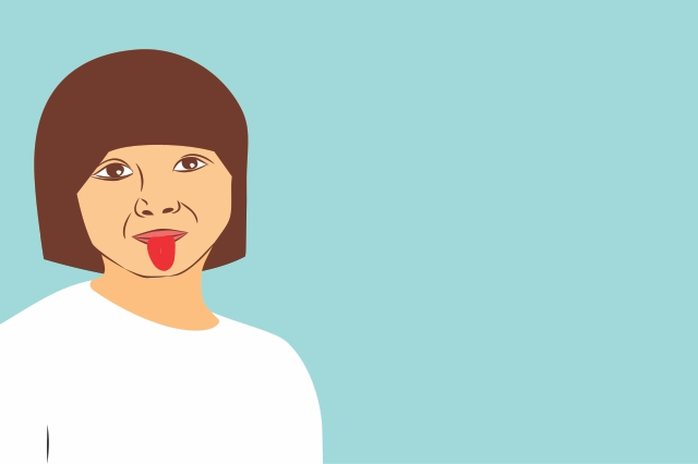 tinar copil cu limba scoasa pe internet